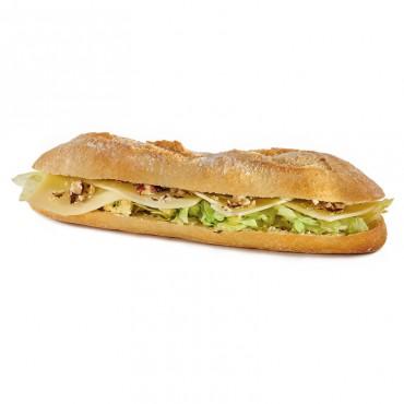 Sandwich Le Comtois Ingrédients : Comté, beurre-persil, noisettes écrasées, salade. 3 sortes de pains disponibles : baguette,...