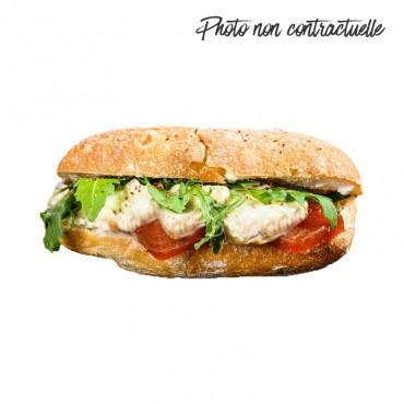Sandwich Le Fitness Chèvre Ingrédients :Courgettes grillées, dès de chèvre, tomate, ricotta, salade. 3 sortes de pains dispo...